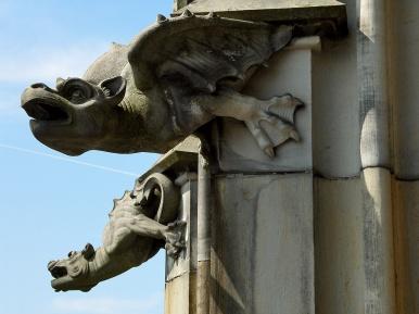 Gothic+Arch+-+Gargoyle